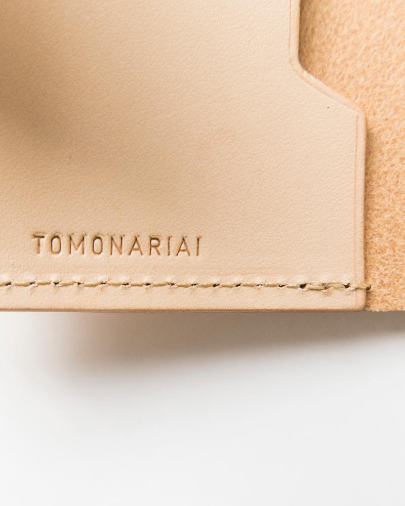 TOMO NARIAI(トモ ナリアイ)レザーカードケース mn1708
