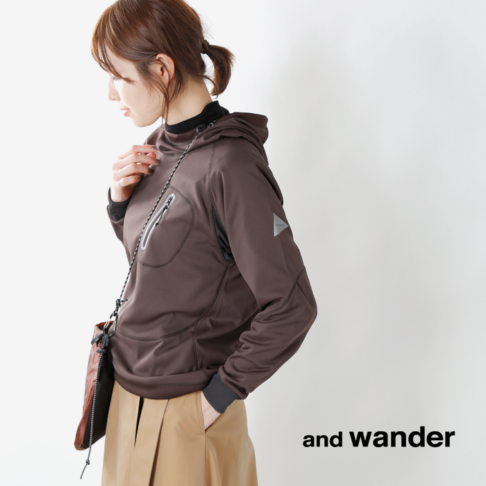 and wander(アンドワンダー)バックナップレイジングUVカットフーディープルオーバー aw83-jt782