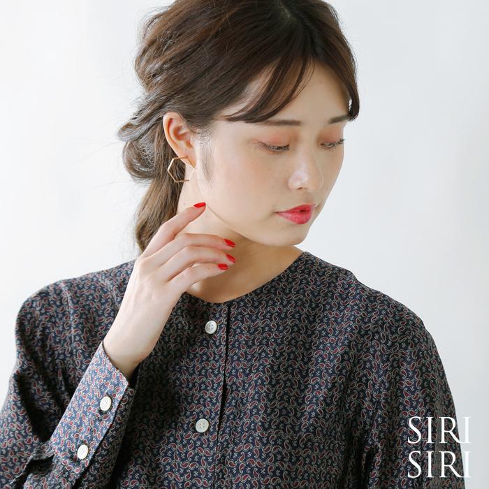 "SIRISIRI(シリシリ)ヘキサゴン型ゴールドピアス""Earrings LINE HEXAGON"" cp302"