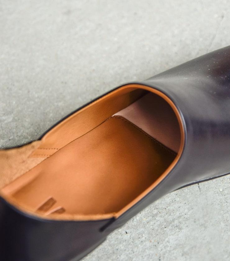 "AUTTAA(アウッタ)レザースリッポンシューズ""Room Shoes II "" room-shoes2"