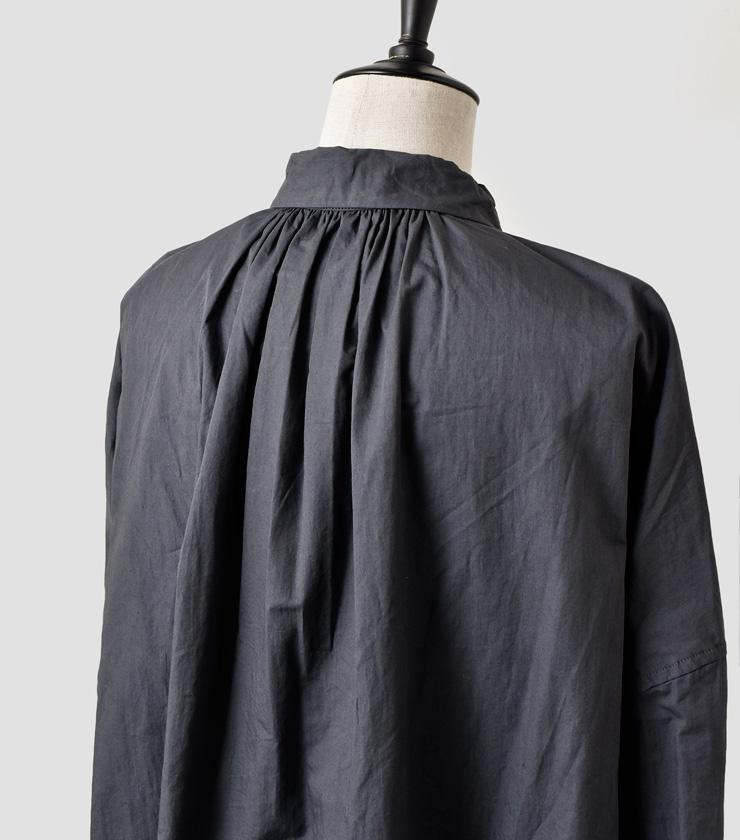 TOUJOURS(トゥジュー)バックギャザーピンタックシャツBack Gathered Pin Tuck Shirt tm29es02
