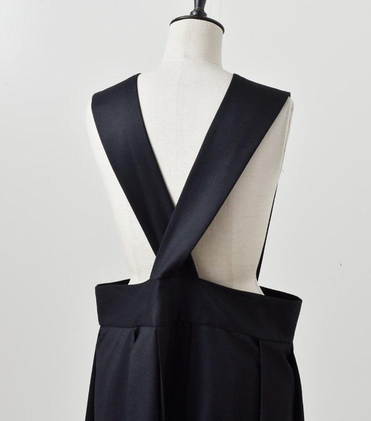 TOUJOURS(トゥジュー)<br>ウールフランネルクロスストラップワイドプリーツスカート Cross Strap Wide Pleated Skirt  tm31ik06