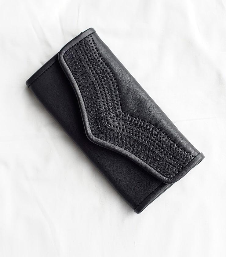 Yammart(ヤマート)カウレザー刺繍ロングウォレット stitch-long-wallet