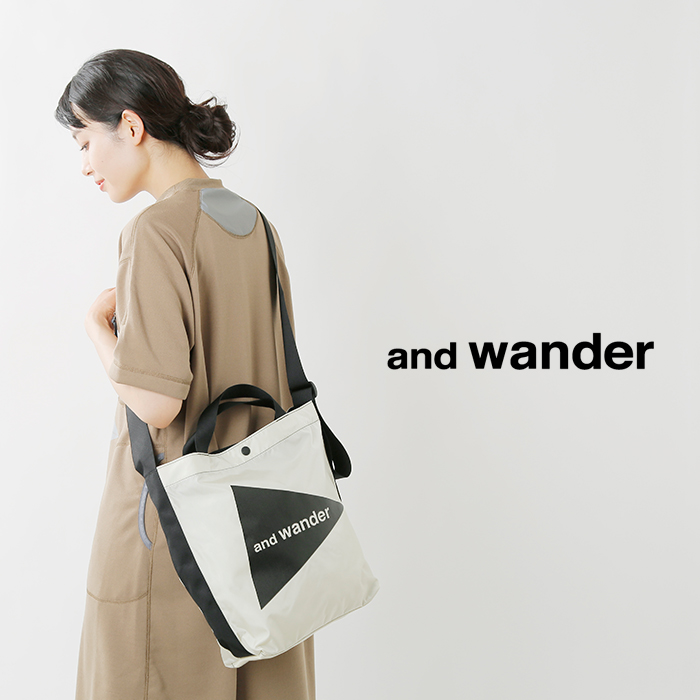 and wander(アンドワンダー)コーデュラナイロンロゴトートバッグmedium